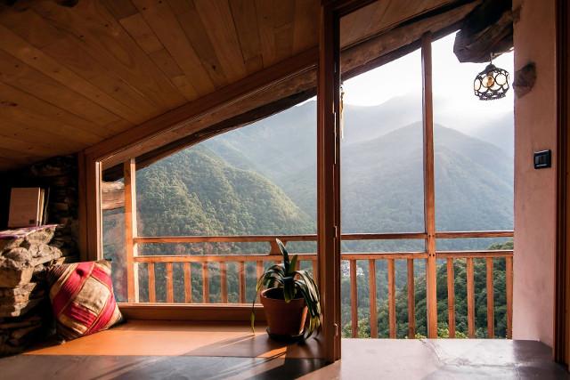 Ferienhaus mit Blick auf den Wald von Naturhäuschen