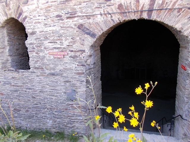 Der Eingang zum Großen Gewölbekeller der Burg