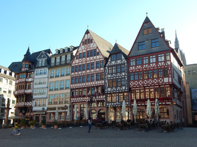 Die Ostseite des Römerbergs in Frankfurt