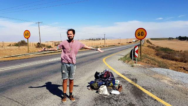 Daniel Dankuna, Trampen in Afrika