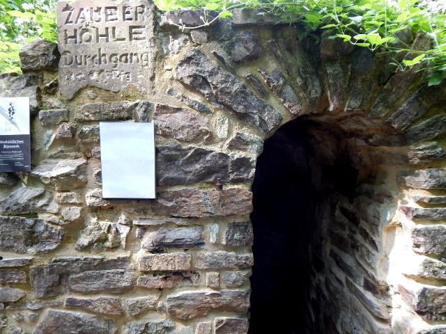Die Zauberhöhle im Niederwald bei Rüdesheim