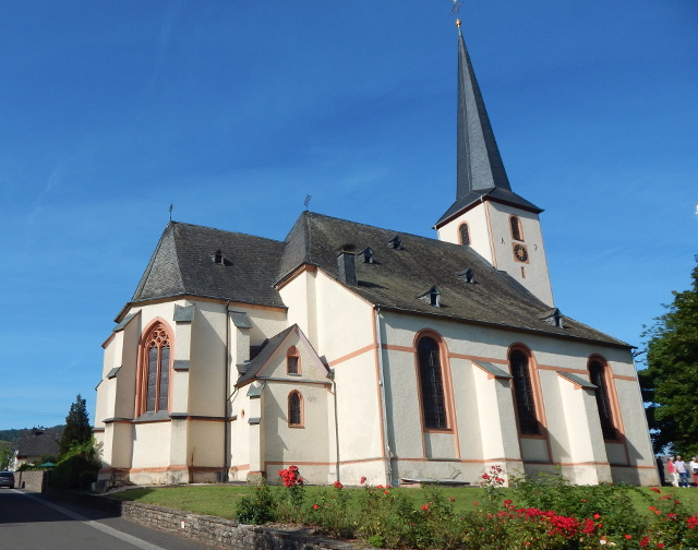 Die Kirche in Leiwen an der Mosel