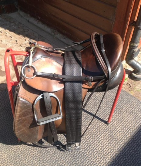 Cleaning the tack