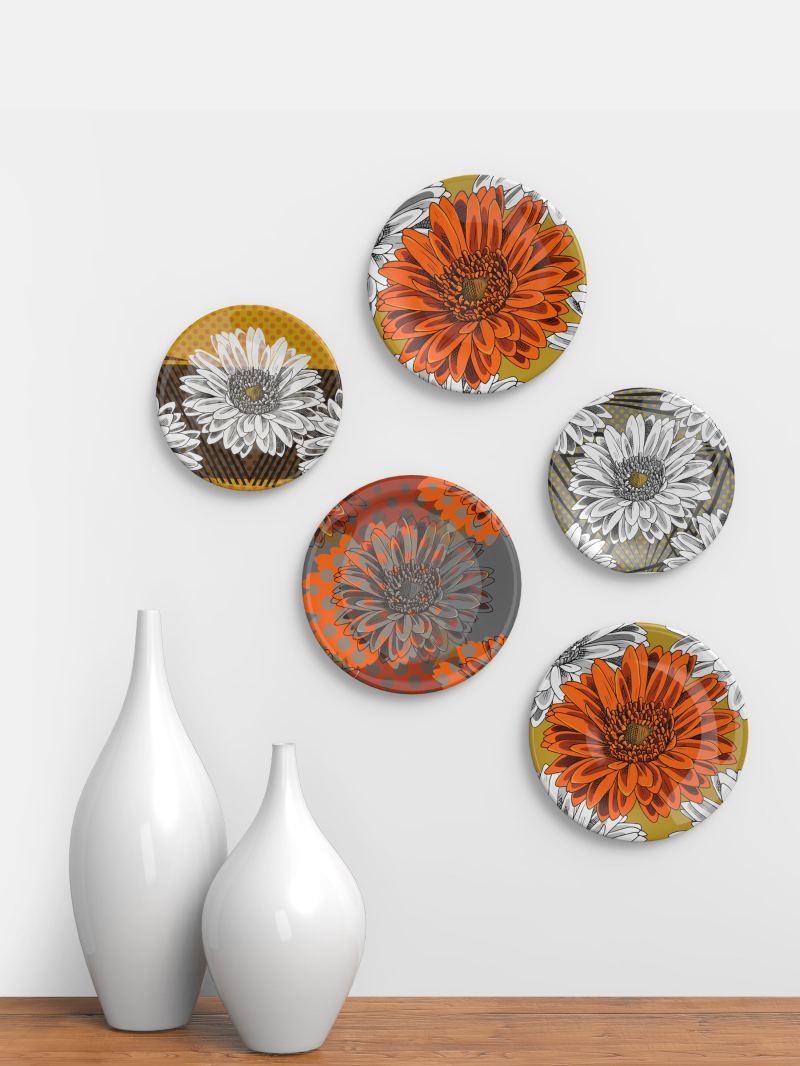 La stampa su ceramica è un sistema veloce ed economico, che prevede la personalizzazione di oggetti in ceramica di vari tipi e forme, come piastrelle,. Stampa Su Piatti Piatti In Ceramica Personalizzati