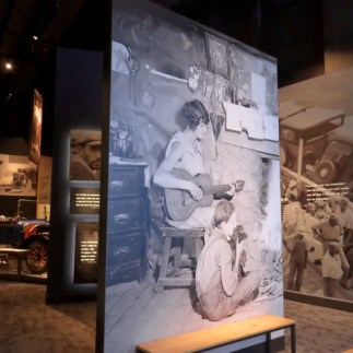 Excellent exhibits on everything about Tennessee