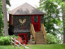 Cute Adirondack cottage