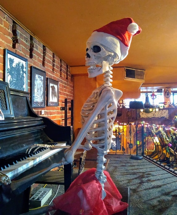 Santa Bones