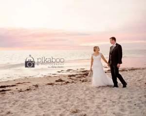 Wedding photo ideas beach sand poses