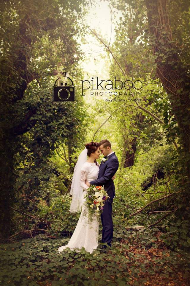 Wedding photo ideas poses Forest trees