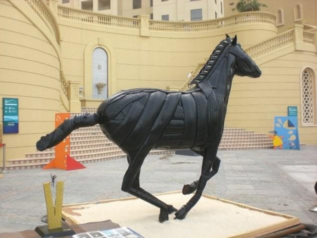Mirko Siakkou-Flodin: Horsepower. Dubai