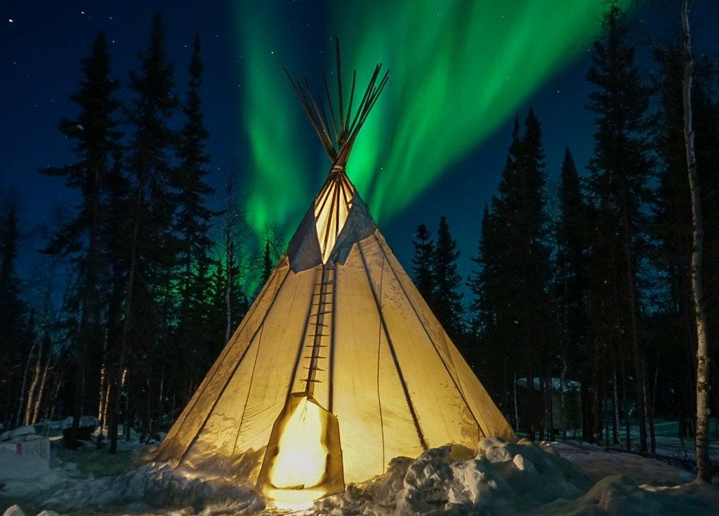 aurora, tipi, Northern lights, Yellowknife, Canada, tipi aurora viewing