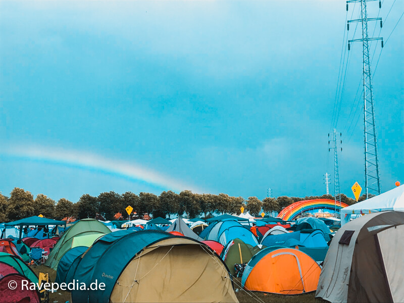 Dreamville Camping, Zelten auf Dreamville, Zeltplatz, Zelte, Tomorrowland Guide, Tomorrowland Guide 2018, Tomorrowland 2018, Tomorrowland Infos, Tomorrowland Tipps, Tomorrowland Tricks, Dreamville Tipps, Dreamville Tricks, Dreamville Info, Dreamville Guide,