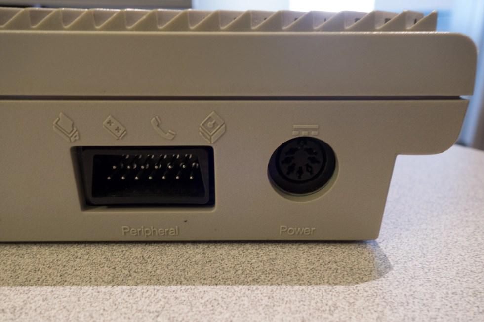 Atari-XE-Game-System-XEGS-01275-10