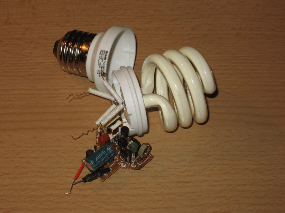 Solidstate Ballast Circuit For A Compact Fluorescent Lamp Cfl