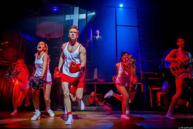 THEATRE REVIEW | Footloose, Peacock Theatre London