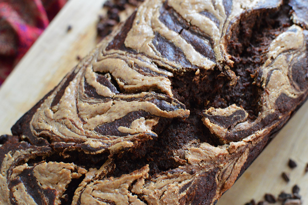 vegan chocolate peanut butter banana bread, see more at http://homemaderecipes.com/cooking-101/10-homemade-bread-recipes/