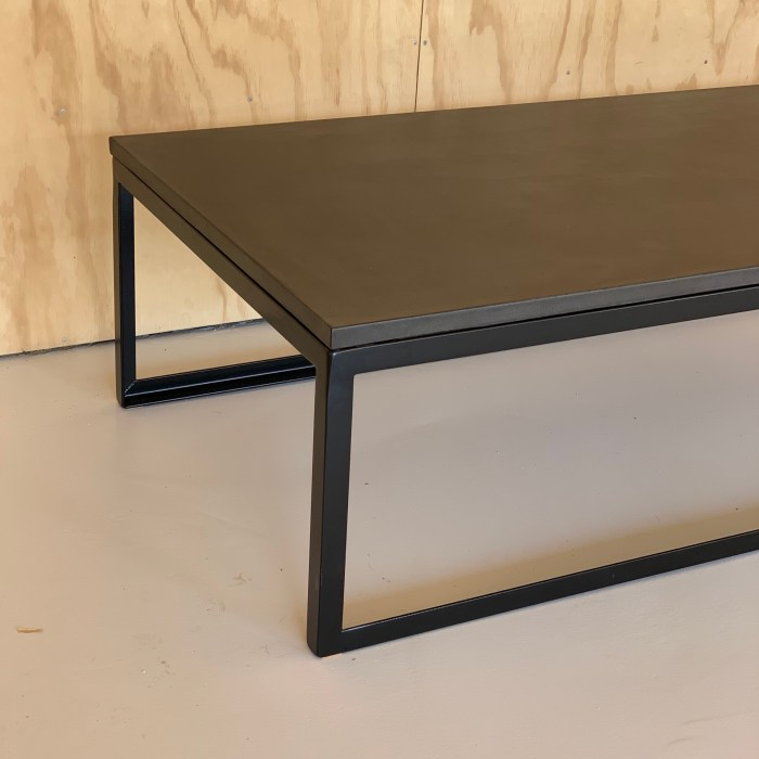 BOX COFFEE TABLE – PMA ARCHITECTS