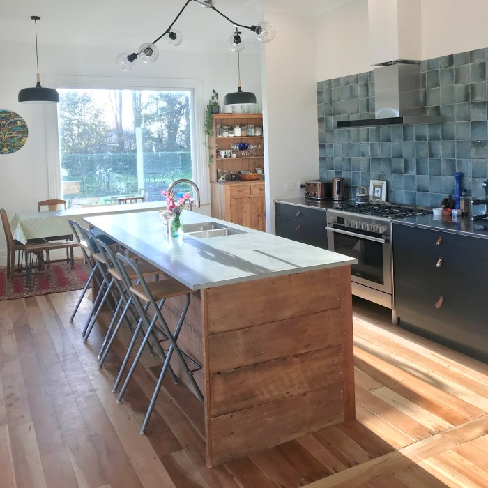 KITCHEN BENCH – PRIVATE CLIENT