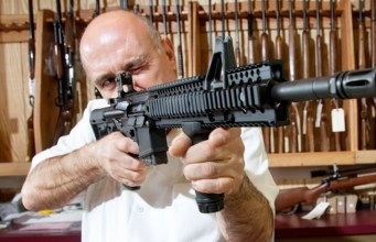 Here's Why Liberals Are Now Buying Guns - rawconservativeopinions