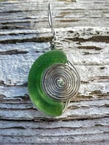 bmc-green-crescent-spiral-necklace