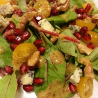 POMEGRANATE AND BLUE CHEESE SALAD