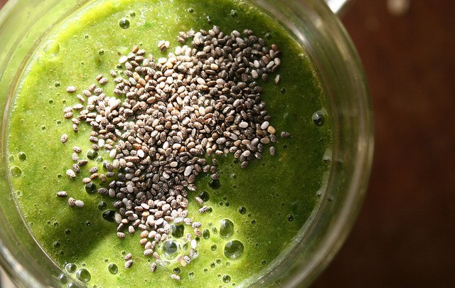 How to Make the Best Green Smoothies With Chia Seeds