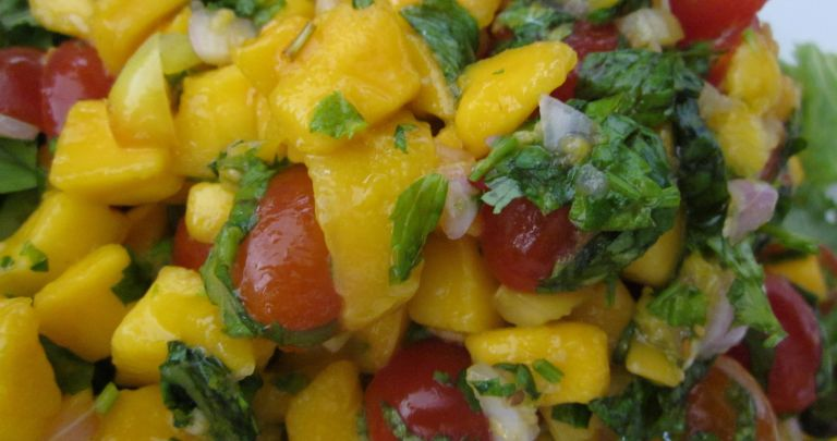 Light & Fresh Thai Mango Salad