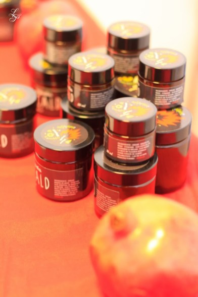 RADU-2012-10-1165