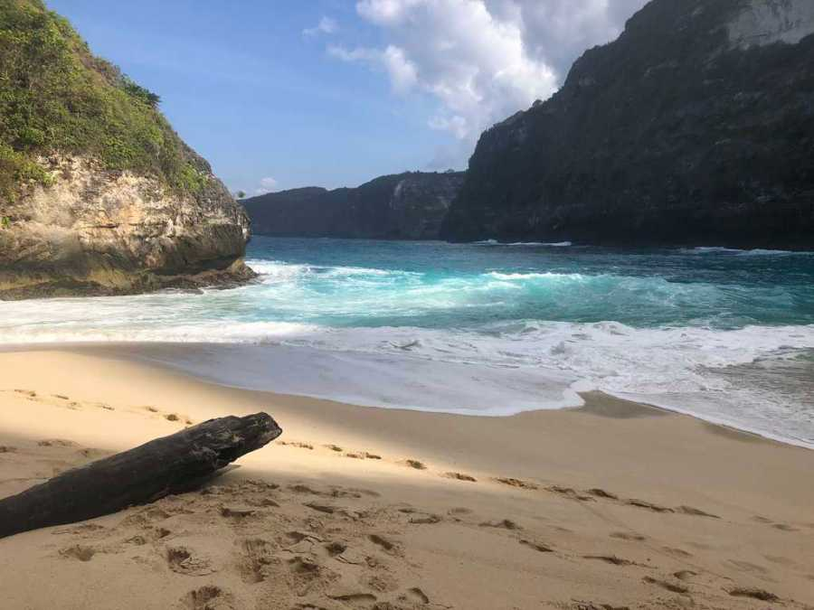 Kelingking Beach in the morning, Nusa Penida beach