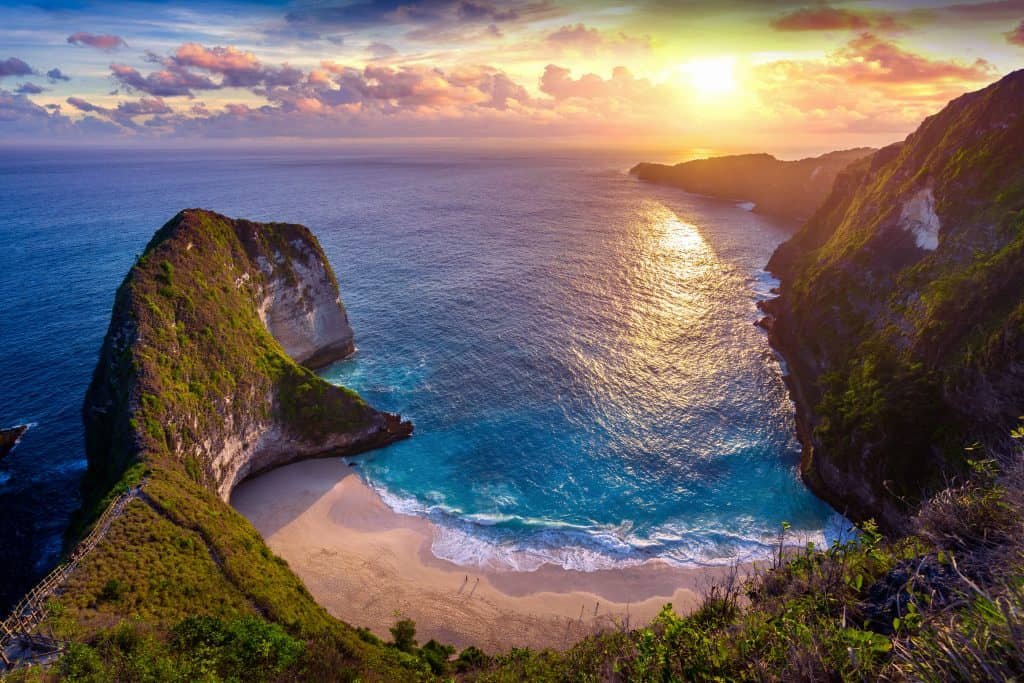Kelingking Viewpoint on Nusa Penida