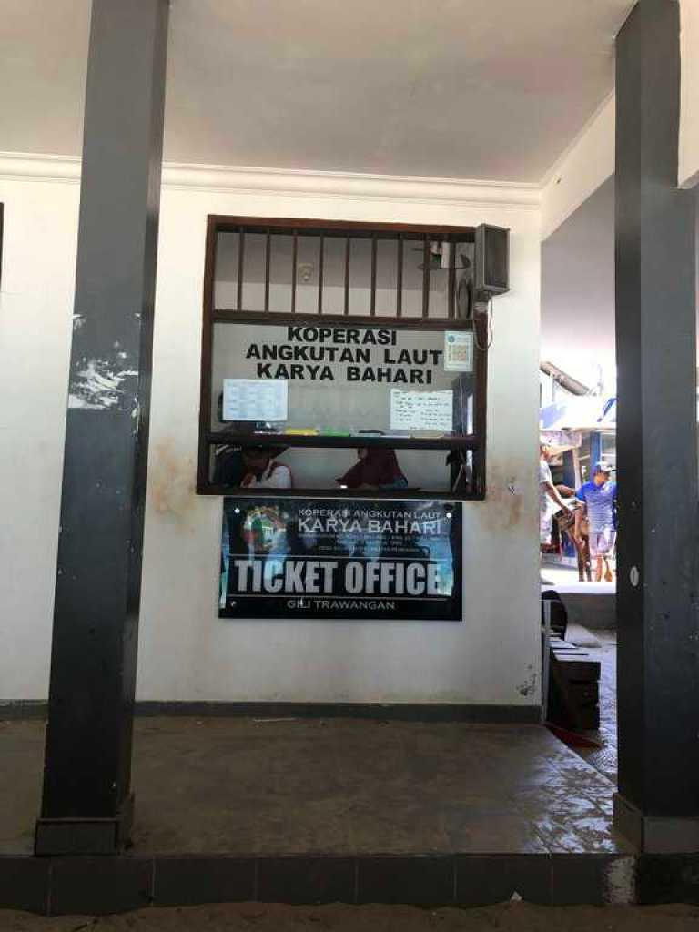 Official Ticket Office, Gili T