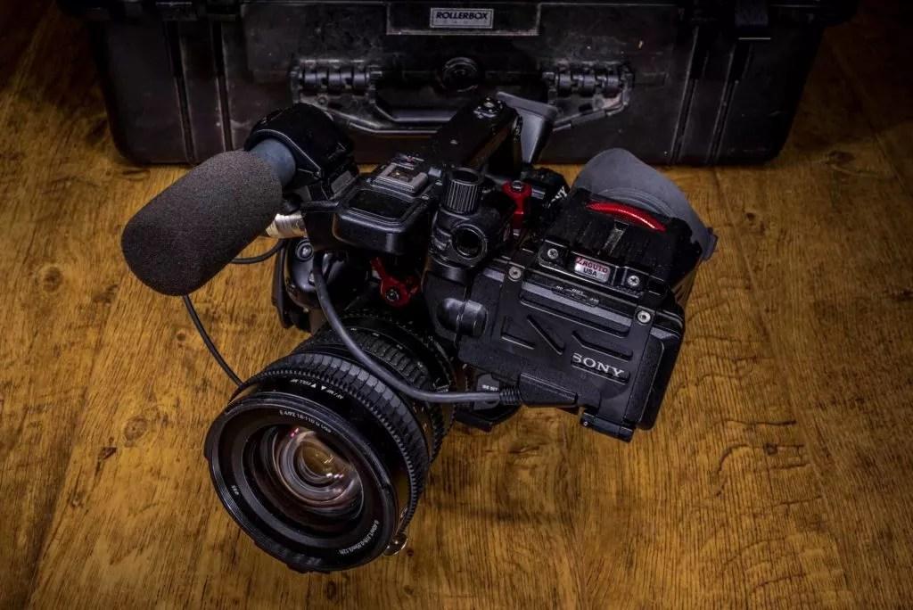 Exemple de prise de vue de produit (matériel de location audiovisuel) réalisée par Baptiste Leroy, photographe sur Vannes (Morbihan, Bretagne)