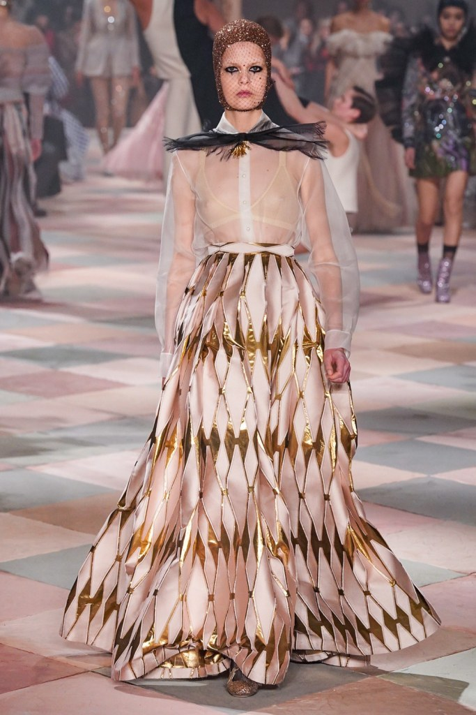 Fashion Christian Dior Spring 2019 Haute Couture Collection