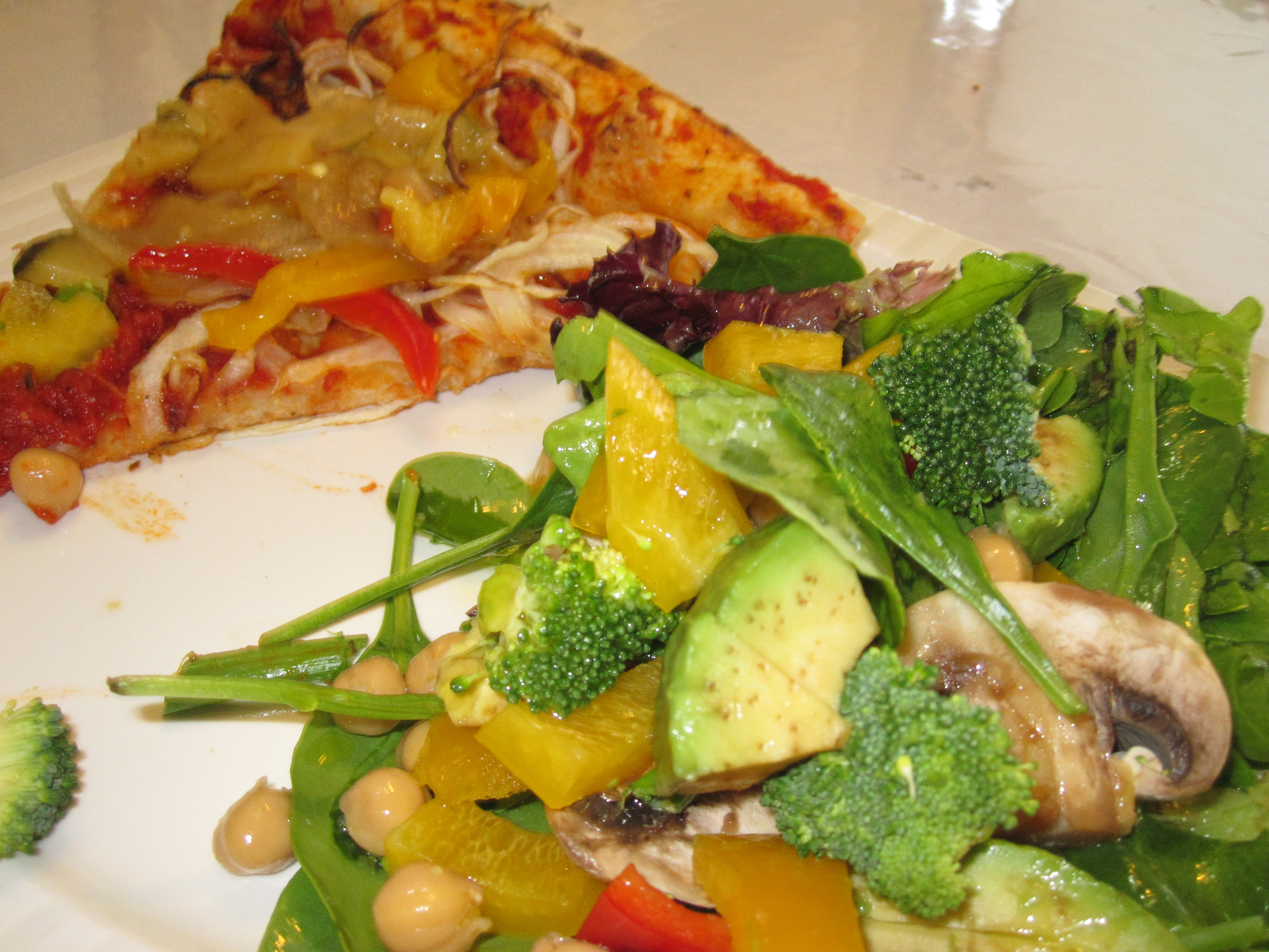 Onion Pizza & Salad Lunch