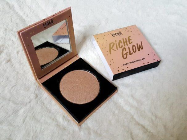Riche glow face highlighter