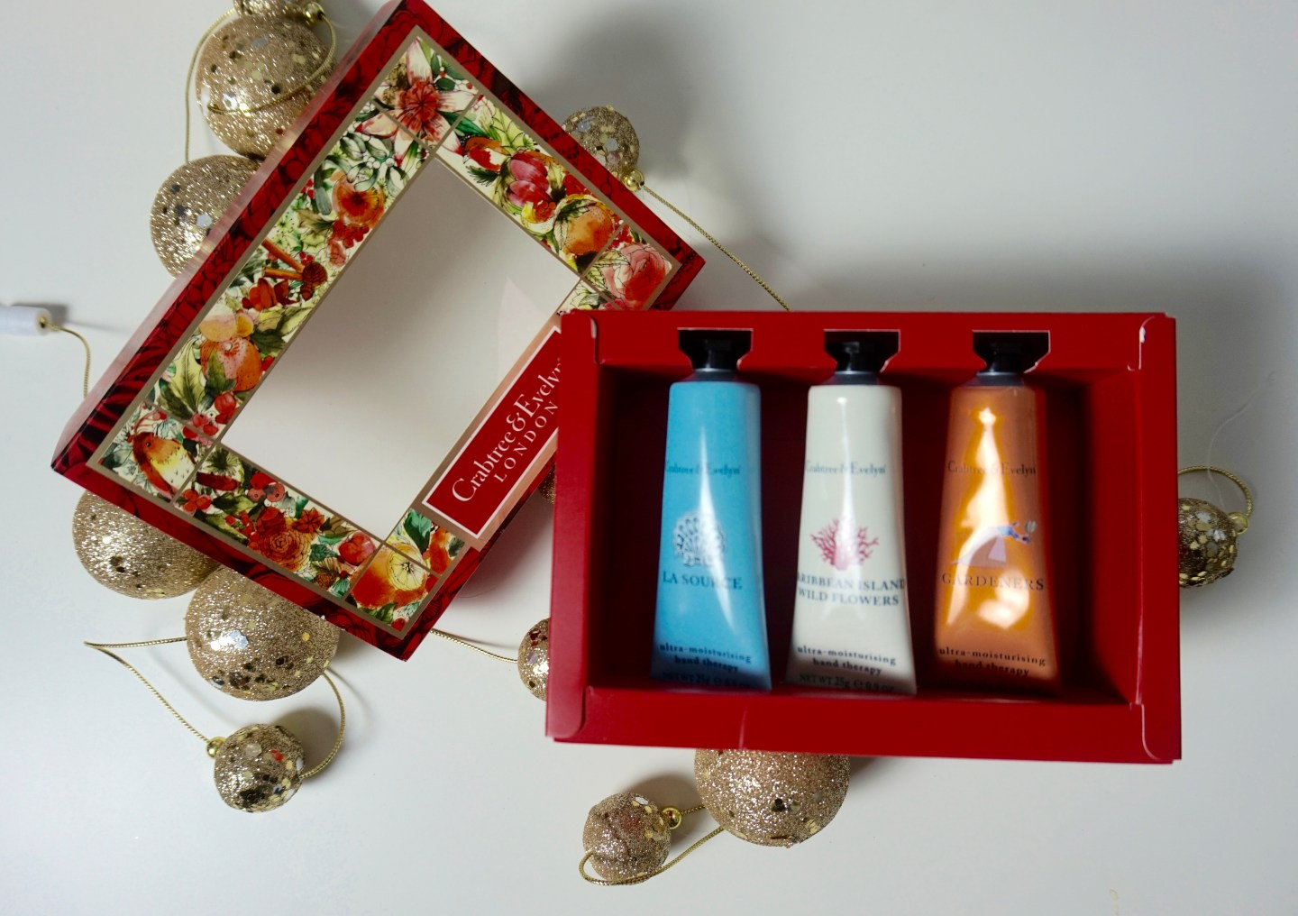 crabtree-evelyn-london-raychel-says-christmas-gift-guide-hand-cream-la -source-caribbean-wildflowers