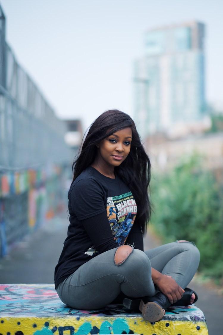 raychel-says-black-panther-tshirt-black-comic-tshirt-grey-jeans-fashionova-graffiti