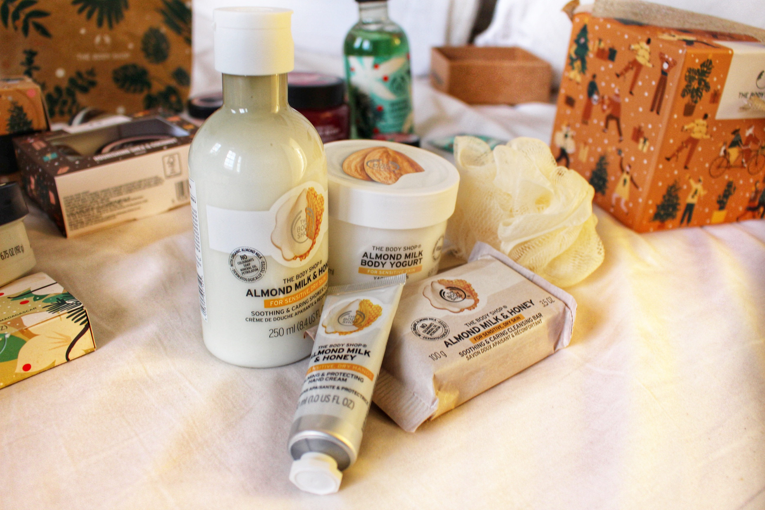 soothing-almond-milk-little-gift-box-white-cream-almond-the-bodyshop-hair-grips-christmas-gift-guide-raychel-says
