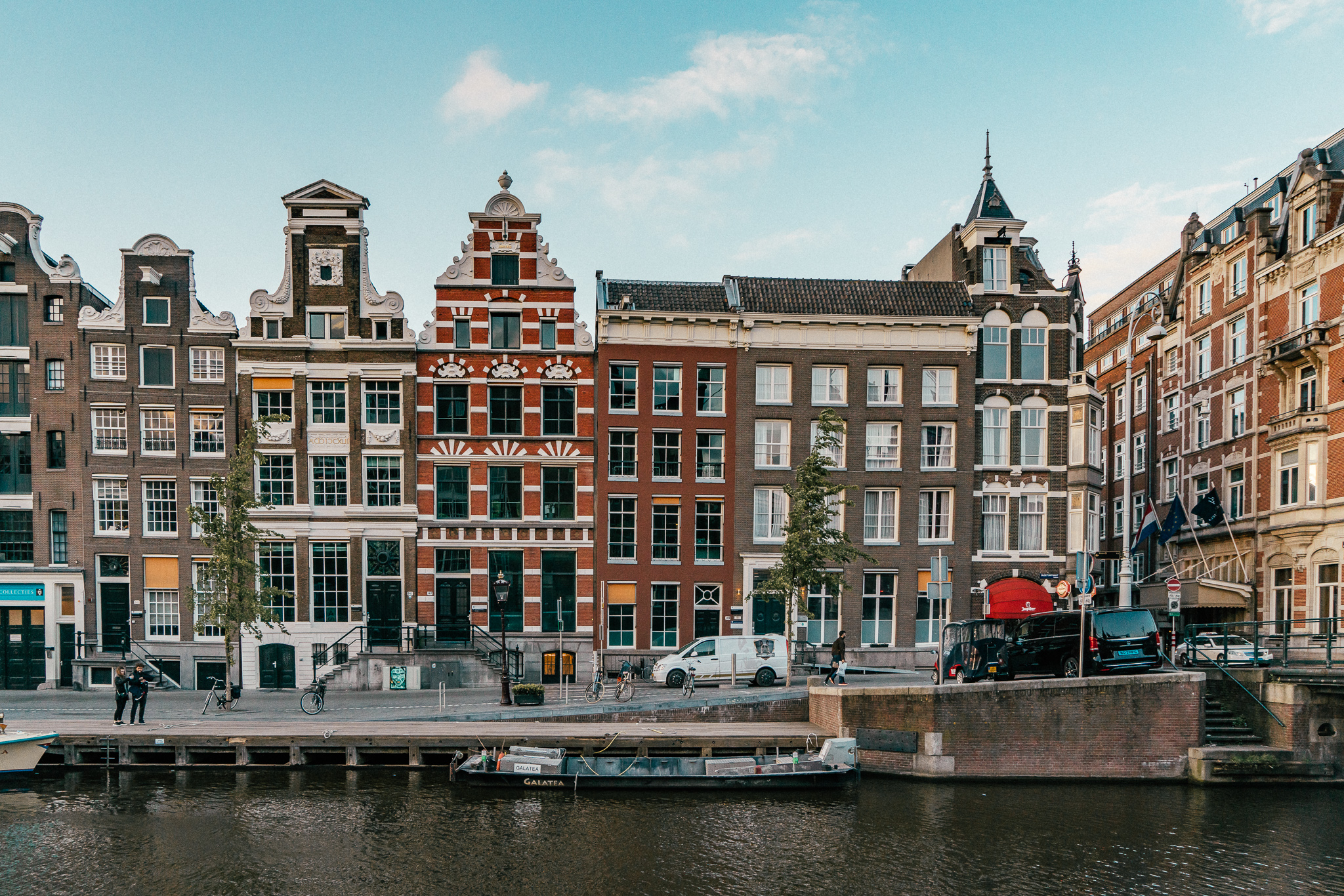 expat dating amsterdam