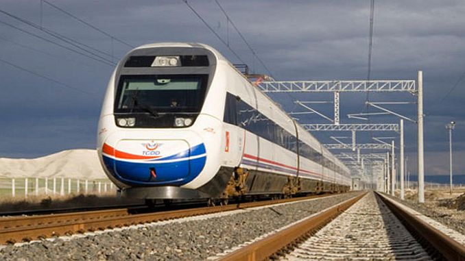 hizli trene alasar tunelinden start