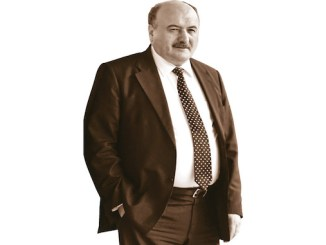 Ve el perfil completo de Suleyman