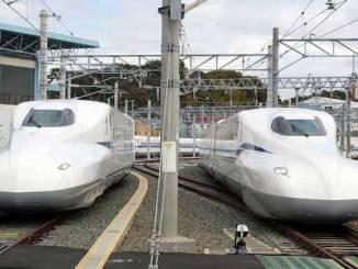 Shinkansen high-speed train
