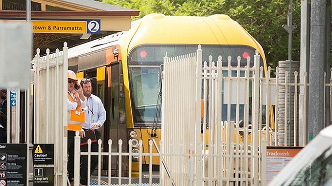 Australien togkrasj 16 skadet