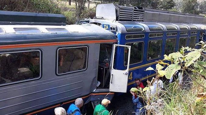 Перуда два влакови брони 23 са ранени