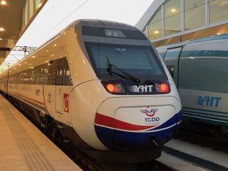 Ogretmenlere Hem Tren Bileti Hem De Kargo Indirimi