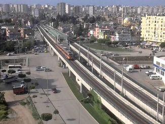 adana metro froze to snake story