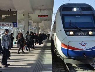 Turhan pasajeros del ferrocarril a 183 millones