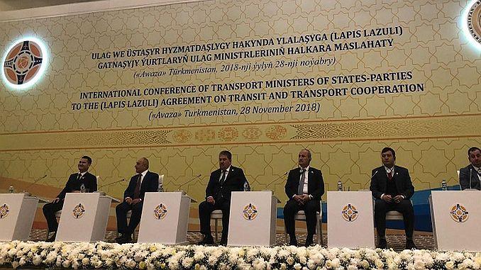 Transit ve Ulaştırma İşbirliği Anlaşmasına Taraf Ülkelerin Uluslararası Ulaştırma Bakanları Konferansı Türkmenistan'ın Türkmenbaşı şehrinde gerçekleştirildi. ile ilgili görsel sonucu