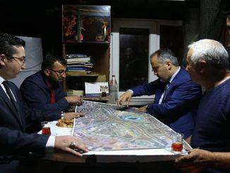 Baskan AKTAS explicó los proyectos de transporte a los taxistas.