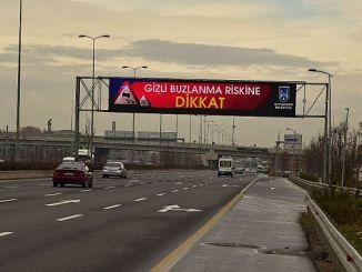 baskentte yollarin dili ledli trafik bilgilendirme ekranlari